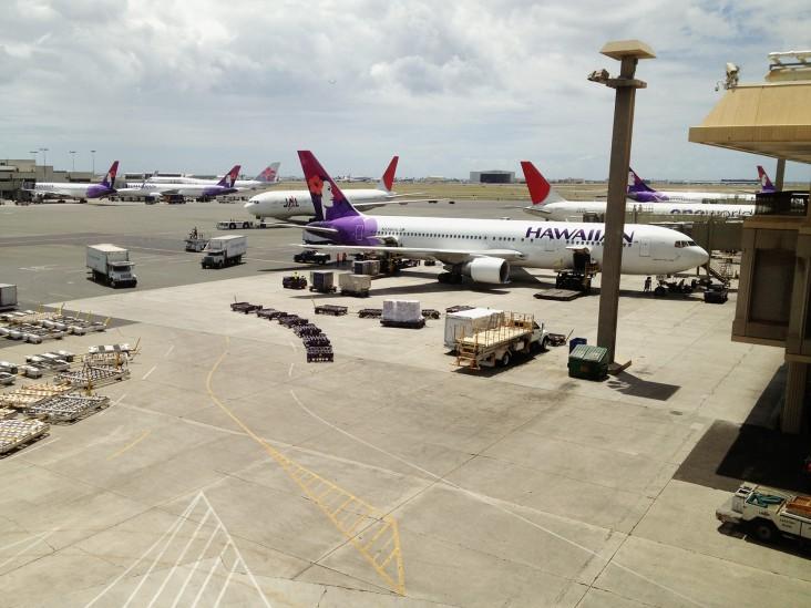 【ハワイ個人手配】空港からホノルル市内のホテルなどへの交通案内