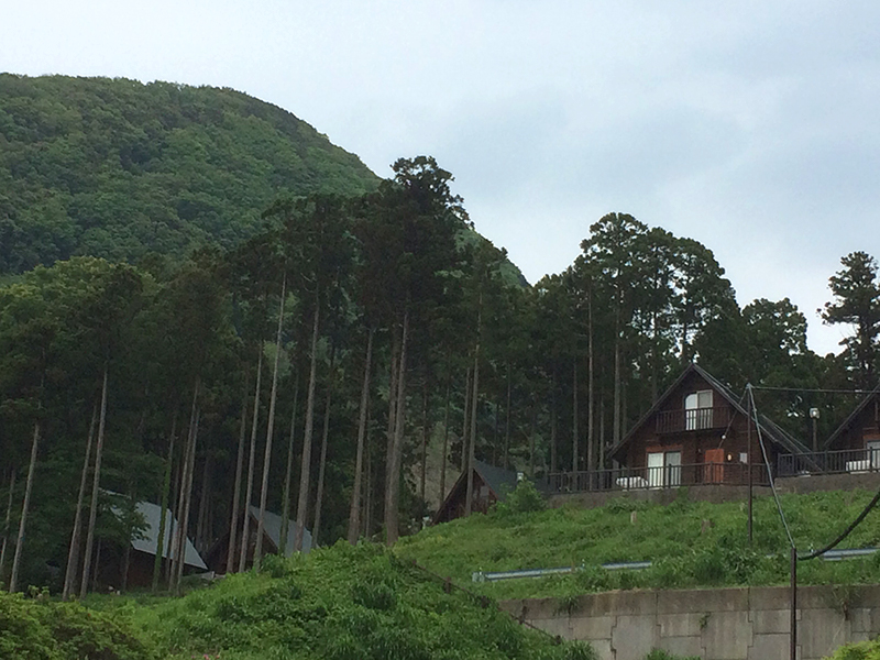 ガラガラ山コテージ