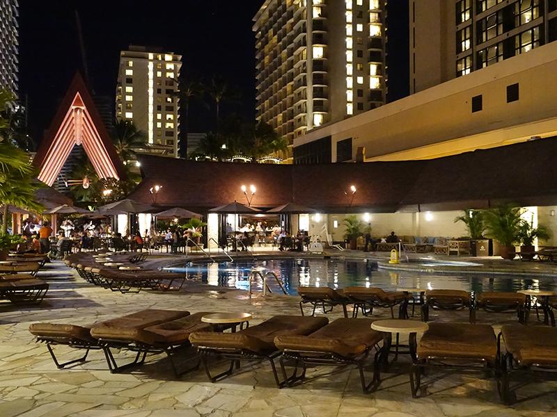 アウトリガーリーフホテルのプール