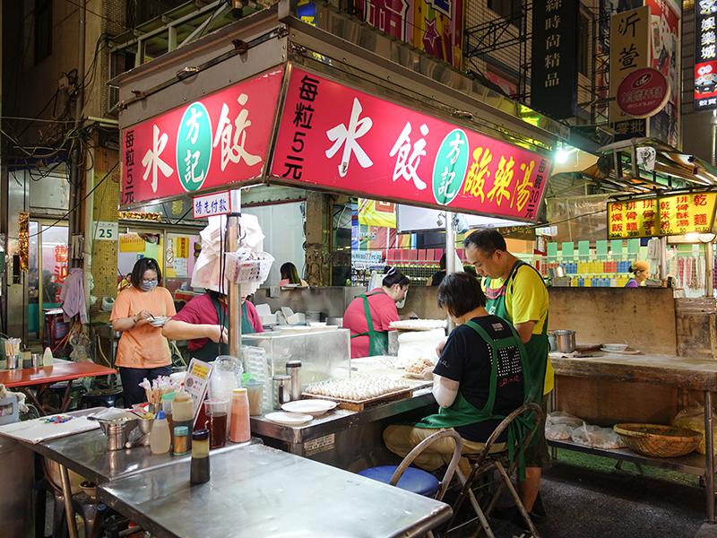 台湾・高雄の夜と言えば!六合夜市&暑い夜の〆には高雄婆婆氷!